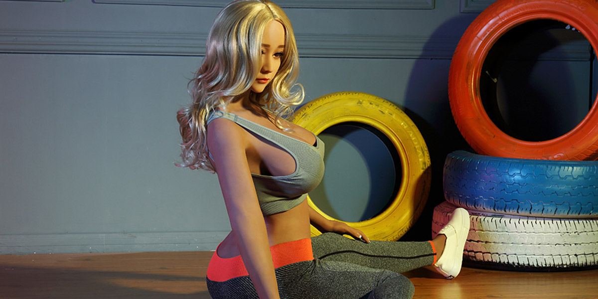 Many Different Sex Doll Models Are Programmed On The Robot