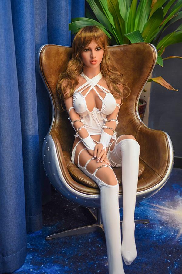 Promi sehen gleich Sexpuppen aus