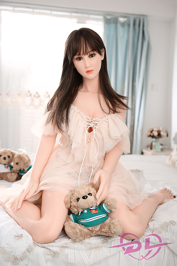 Yiyi - 146CM DL Silicone Sex Doll Asian Girl Soft Curve Big Breasts-4